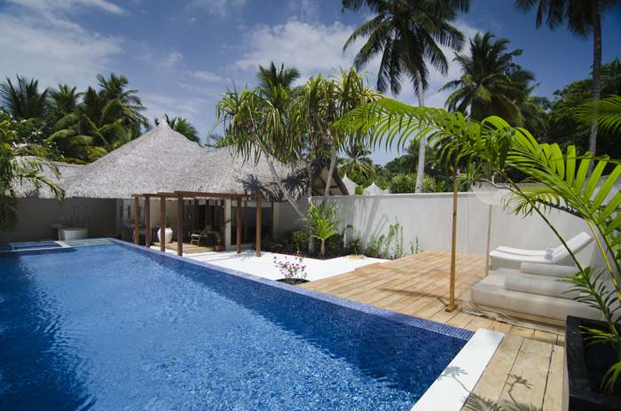 honeymoon pool villa