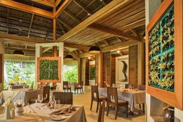 La salle du restaurant Dunyie, au décor à la fois moderne et chaleureux !