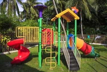 L'hôtel possède un mini club qui fera le bonheur de vos enfants ! Jeux en plein air, activités ludiques... Tout y est !