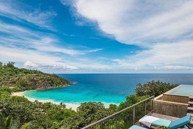 Une vue imprenable sur la baie depuis votre terrasse...