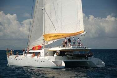 Les activités nautiques proposées à bord : kayak, plongée libre avec palmes, masques et tubas (snorkeling) et équipement de pêche