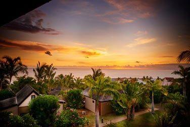Ne manquez pas le coucher de soleil sur l'océan indien