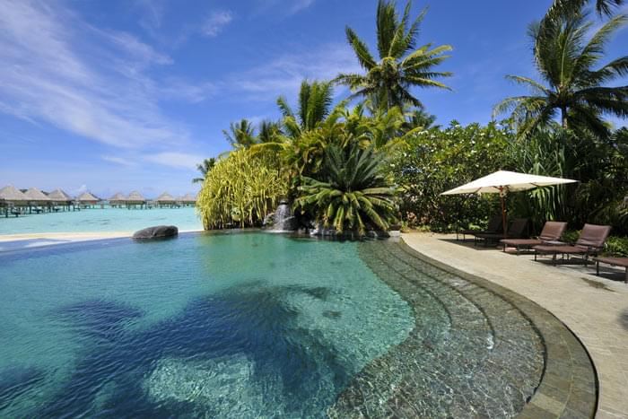 photo intercontinental bora bora le moana resort