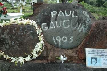 et les traces du passage des artistes Brel et Gauguin...