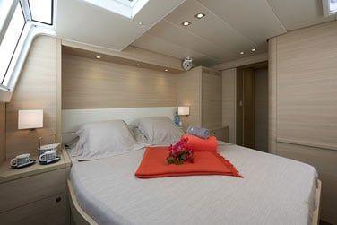 Le catamaran dispose de 6 cabines doubles tout confort