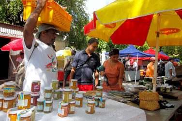 Avant de partir, n'oubliez pas de découvrir le marché local de Port Mathurin...