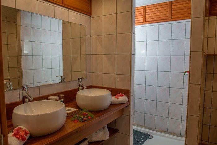 Photos h tel hibiscus moorea polyn sie for Restaurer une salle de bain