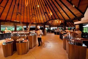 Un très beau buffet pour votre petit déjeuner au restaurant Iru, ça vous tente ?