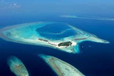 Bienvenue à l'hôtel Constance Moofushi Resort aux Maldives