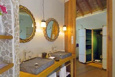 Salle de bain de la Villa Plage avec double vasque