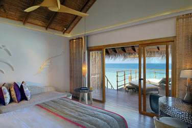 Séjournez en Villa sur Pilotis et réveillez-vous face au lagon...