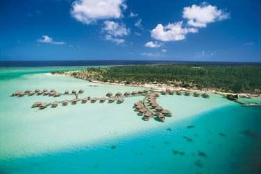Où l'hôtel Bora Bora Pearl Beach vous y accueillera ..