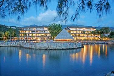 A Tahiti c'est l'hôtel Manava ...