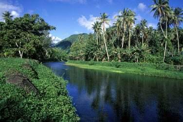 Ainsi que la seule rivière navigable de la Polynésie !