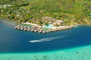 Sur l'île de Moorea, vous logerez à l'hôtel Moorea Pearl Resort & Spa