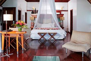 Pour votre hébergement, vous apprécierez les sublimes bungalows du Sofitel Moorea