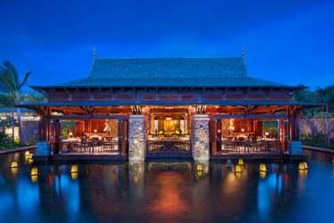 Le restaurant Floating Market propose une cuisine d'Asie du sud-est, saine et équilibrée