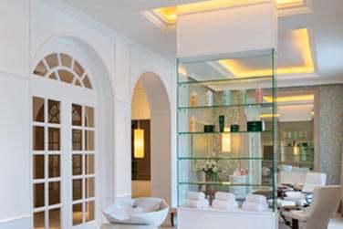 Le salon de beauté et d'esthétique vous accueille dans l'enceinte de l'Iridium Spa