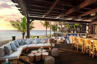 La Villa possède un espace bar pour des moments de convivialité à deux pas de la plage