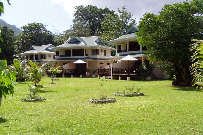 Photos combin 3 les divines seychelles for Villa jardin seychelles