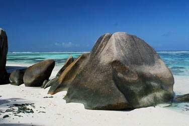 ... où sur ces roches granitiques qui font des Seychelles un lieu mythique !...