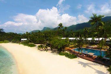 Découvrez l'hôtel Avani Seychelles Barbarons Resort & Spa