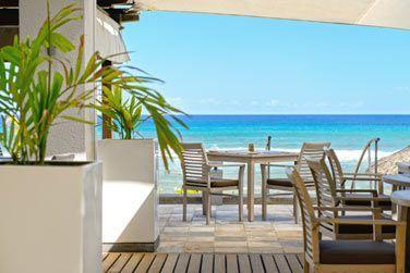Le restaurant 'La Pointe aux Piments' vous accueille dans une atmosphère cosy et relaxante
