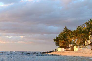 Situé sur la côte nord-ouest de l'île Maurice