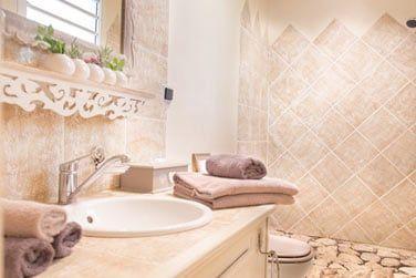 La salle de bain de la chambre créole