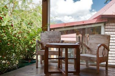 La terrasse pour profiter du calme et admirer le paysage alentour !