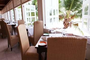 Les restaurants figurent parmi les meilleurs rendez-vous gastronomiques et conviviaux des Seychelles