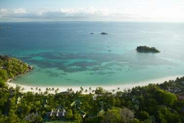Sur Anse Volbert, une des plus belles plages
