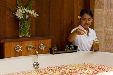 Massages et soins exotiques vous feront ressentir un bien-être absolu