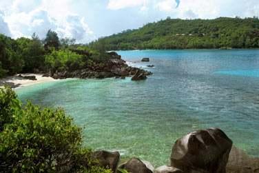 Profitez de votre séjour sur l'île de Mahé pour découvrir l'île principale de l'archipel des Seychelles