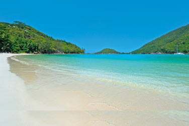 et sur l'une des plus belles plages de l'île