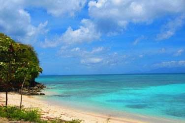 Lagon turquoise et sable fin...
