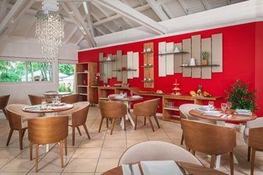 Goûtez aux délicieuses saveurs caribéennes du restaurant Le Moulin !