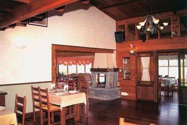 La décoration au charme rustique du restaurant