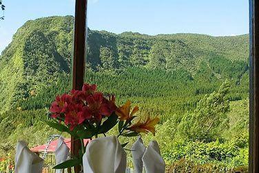 L'hôtel jouit d'une situation exceptionnelle face aux montagnes