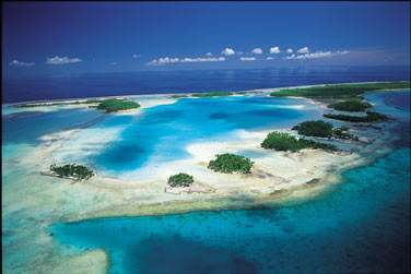 où l'excursion au lagon Bleu est immanquable