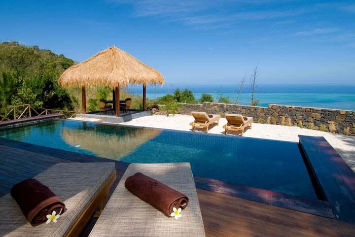 suite vue mer (piton canot) + piscine privée