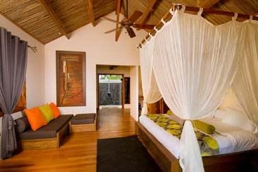 la chambre Supérieure 'Lakaz Tropical', spacieuse, donnant sur la terrasse privée