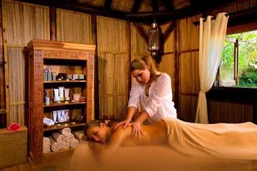 Rendez-vous au Spa, pour une pause bien-être, un massage aux huiles essentielles