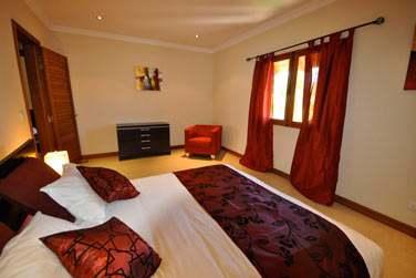 A la fois modernes et spacieuses, avec une petite touche de décoration tropicale ! (Villa 4 chambres)