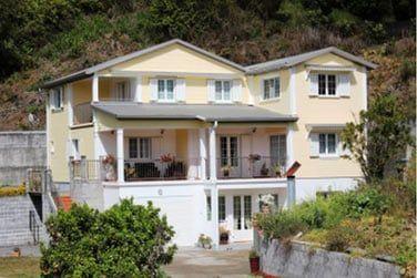 En version Standard, séjournez dans la charmante maison d'hôtes Le Papangue, dans les hauts de Salazie
