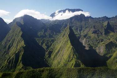 aux contrastes saisissants de la Réunion..