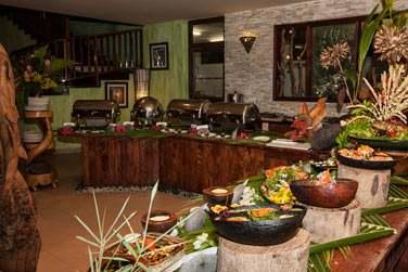4 soirs par semaine, le restaurant Le Dauphin organise des buffets thématiques