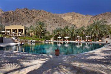 Véritbla oasis dans ce paysage désertique