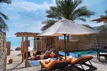 La terrasse de la Villa front de mer avec piscine