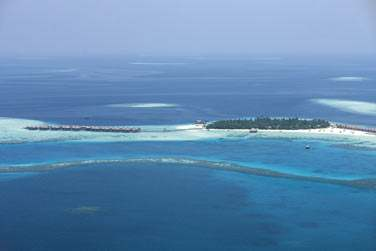 Bienvenue aux Maldives à l'hôtel Constance Moofushi Resort !